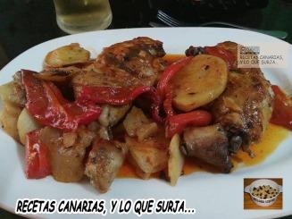 pollo-al-horno-con-papas-pimiento-rojo-y-pimenton